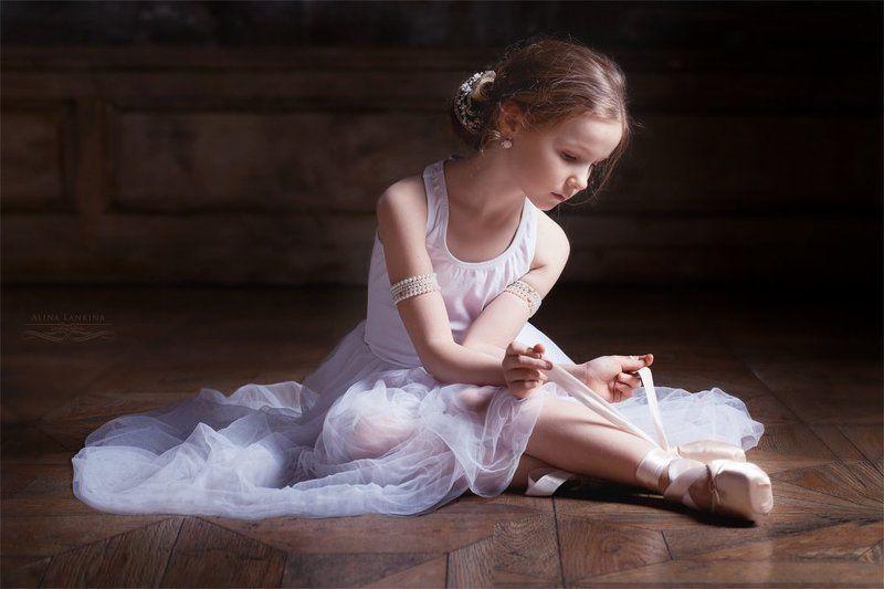 Маленькая балеринаphoto preview