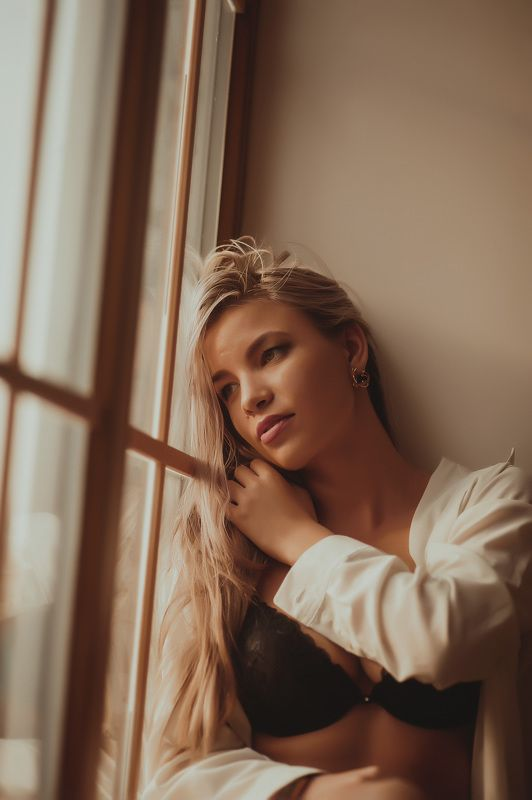 Ню, Портрет девушки, Рубашка photo preview