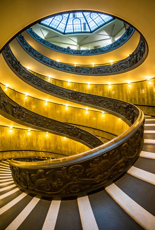 architecture, attractions, beautiful, city, italy, kinds, momo, peter s, photographer ashot grigoryan, rome, staircase, the cathedral, the cathedral of st. peter, the vatican, travel, vatican, vatican city, what to see, ватикан, винтовая, италия, италия т Лестница Момо в Музее Ватикана.  Из серии \