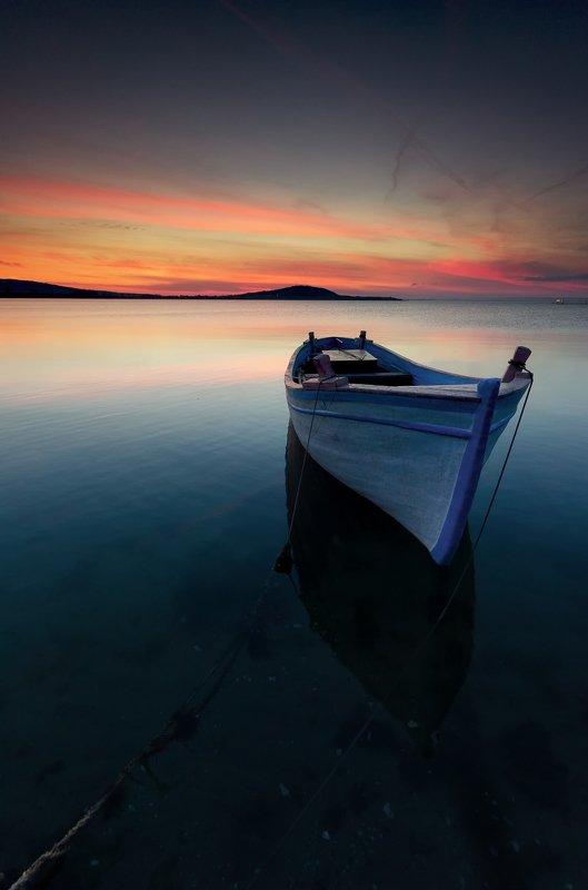 Black sea, Boat, Clouds, Coast, Fineart, Landscape, Reflection, Rocks, Sea, Seascape, Sky, Sun, Sunset, Water Одинокая лодка на закатеphoto preview