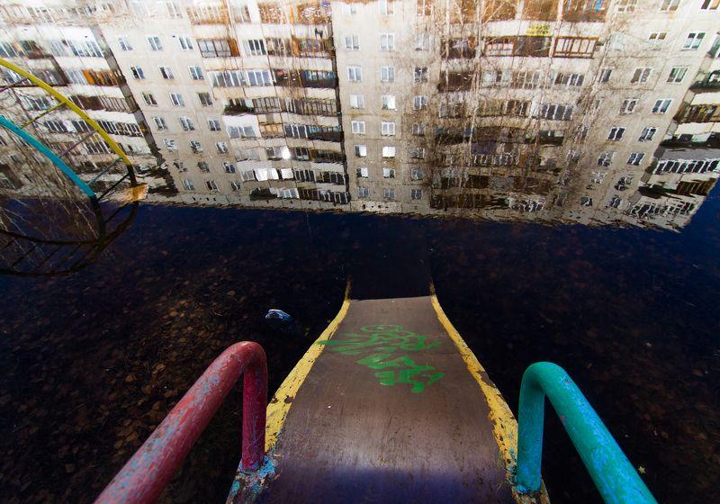 Весна, Омск, Россия, лужа, отражение, двор, urban exploration ***photo preview