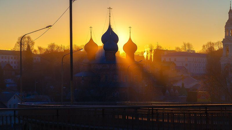 Утро красит нежным светомphoto preview
