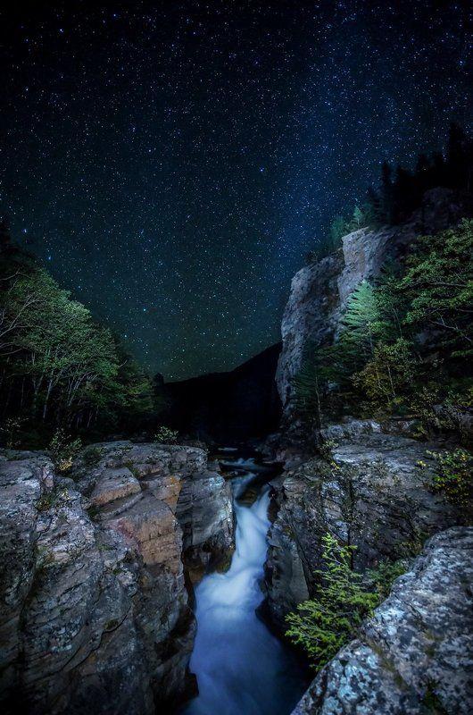 Звёзды, ночь, водопад, река, скалы, Приморский край Под сонма звёздphoto preview