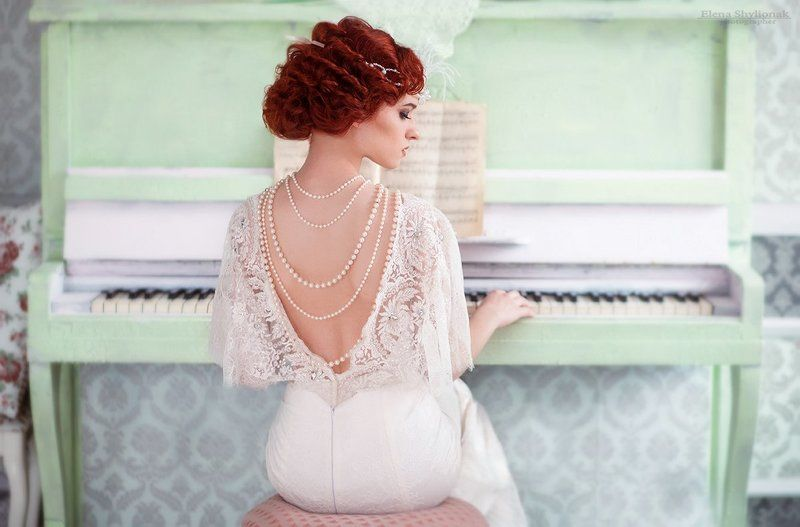 девушка, пинино, жемчуг, белое платья, музыка, рыжая melodyphoto preview