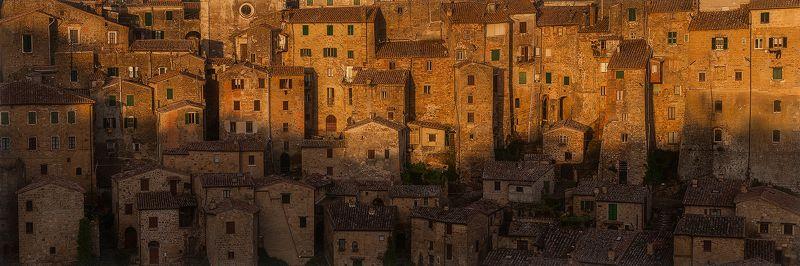 Italy, Panorama, Tuscany SORANOphoto preview