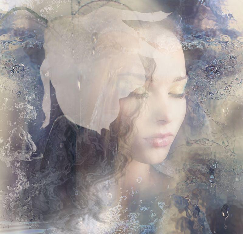 белый цветок, девушка Миражphoto preview