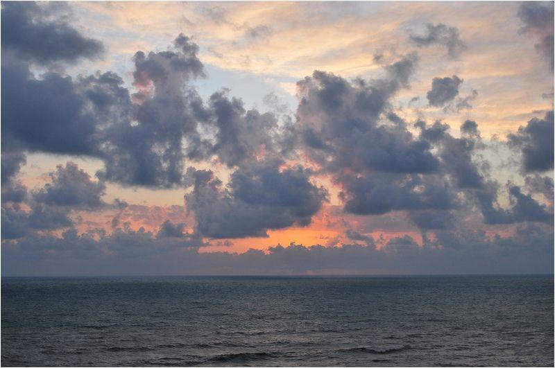 море,закат На закатеphoto preview