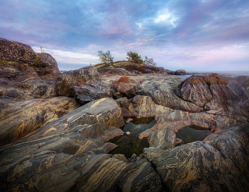 Ладога, вечер, камни, волны, небо, скалы, вода Каменные волны Ладожских шхерphoto preview