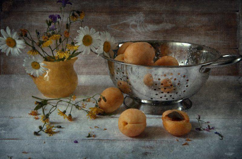 абрикосовое летоphoto preview