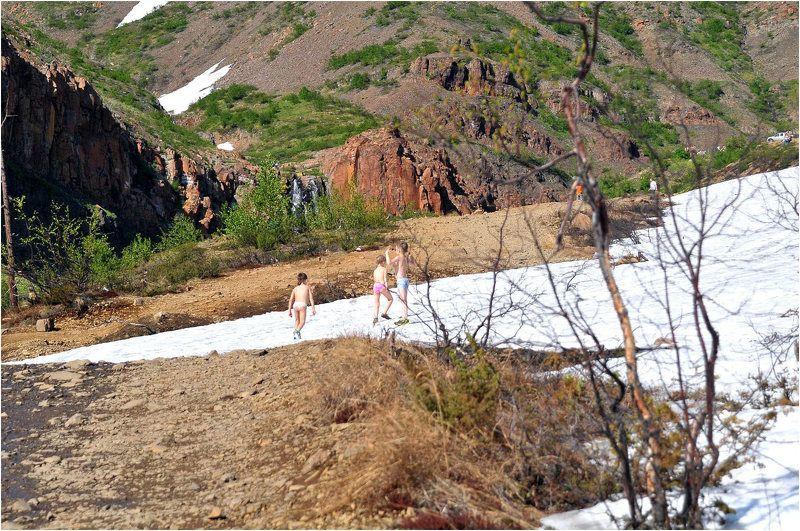 таймыр,лето,горы Субботний отдых на природеphoto preview