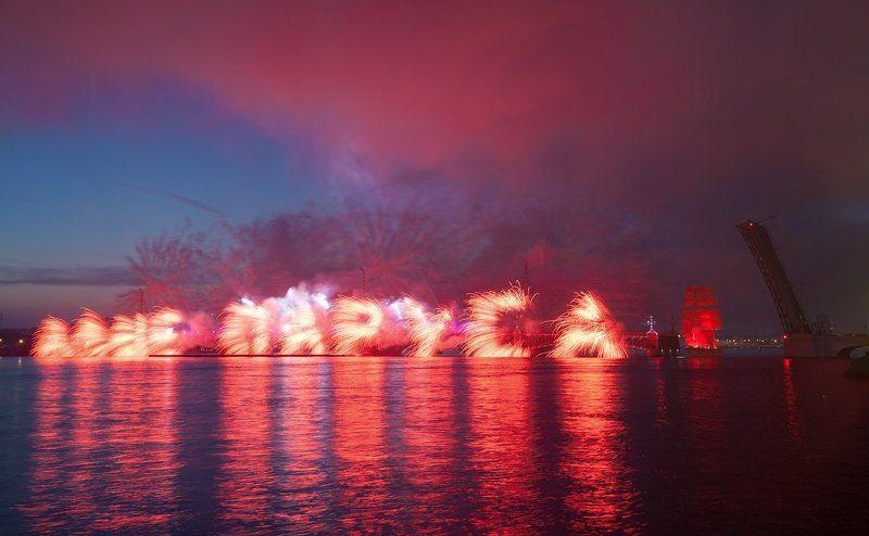 Алые паруса, Питер, Праздник выпускников, Санкт-Петербург, Фейерверк Алые паруса 2016photo preview