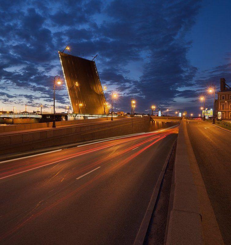 Санкт-Петербург: Литейный мостphoto preview