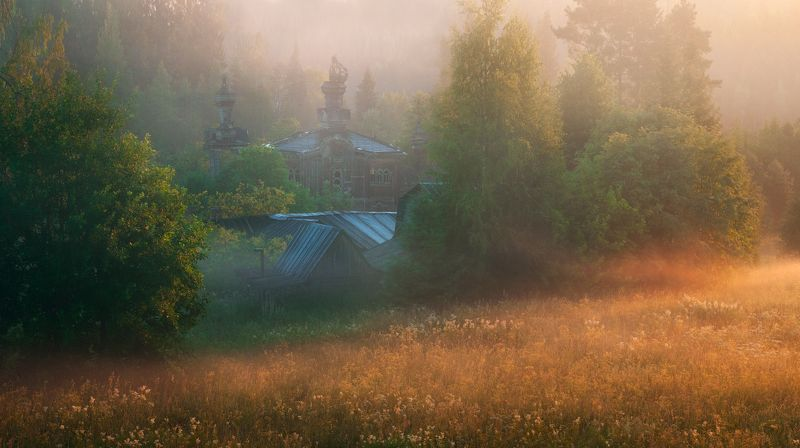 утро, туман, церковь, рассвет, деревня В солнечном туманеphoto preview