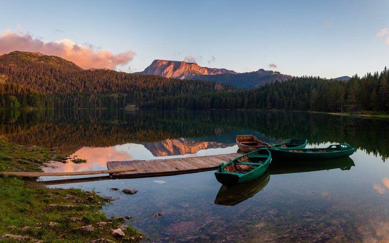 Crno jezero,Montenegrophoto preview