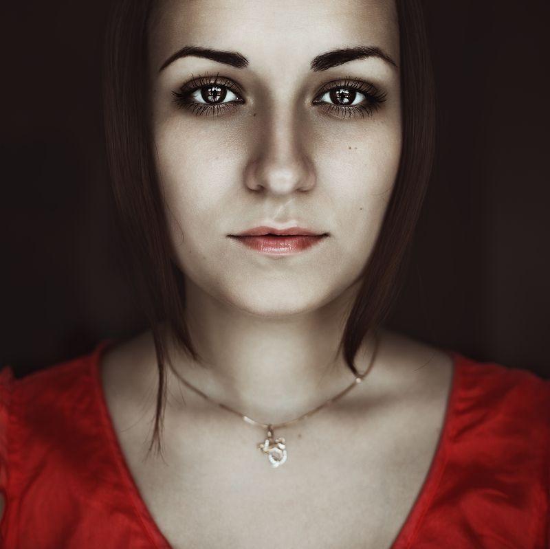 портрет, у окна, девушка, прямой свет, свет от окна, ***photo preview