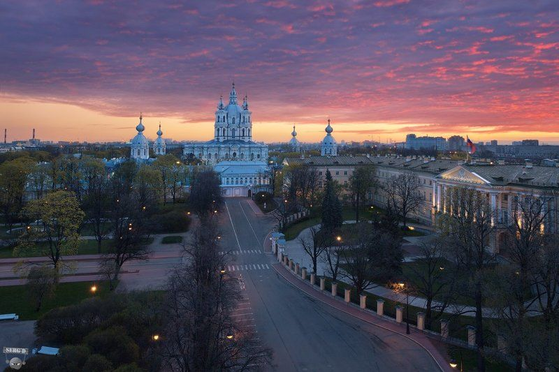 Смольный собор, Смольный дворецphoto preview