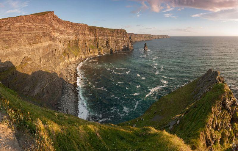 фототур, ирландия, закат, скалы, панорама Закат на скалах Мохерphoto preview