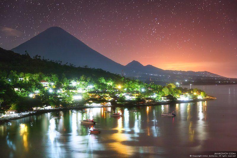 Индонезия, Бали, Азия, путешествия, ночь, звезды, пляж, пейзаж, вулкан, Агунг, Амед,  Акварельная ночьphoto preview