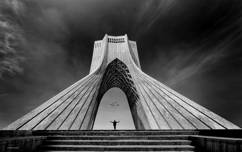#iraq  Freedom Gatephoto preview