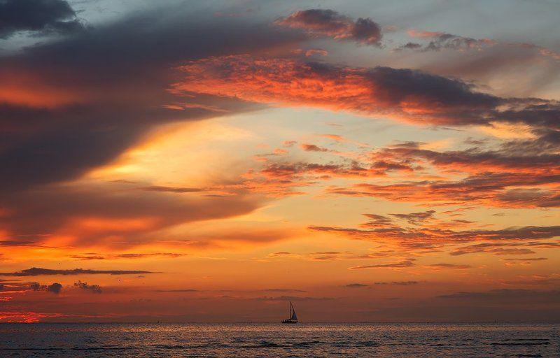ключенков, минимализм, море, пейзаж, эстония, 85mm Романтика одного закатаphoto preview