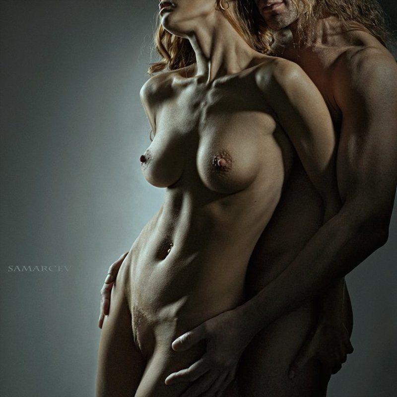 Фото голых женщин соло