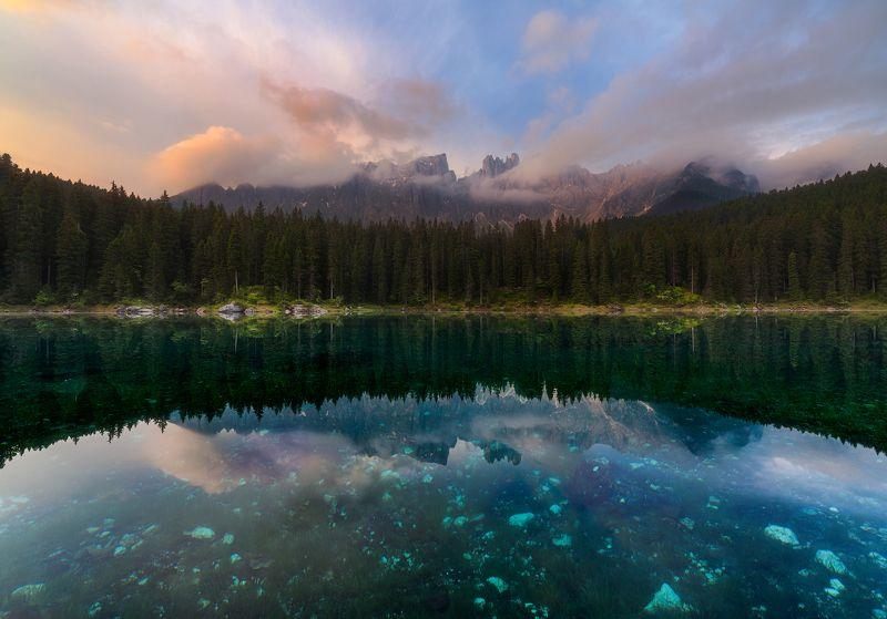 Рассвет на озере Кареззаphoto preview