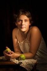 Портрет с грушами