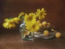 желтый август