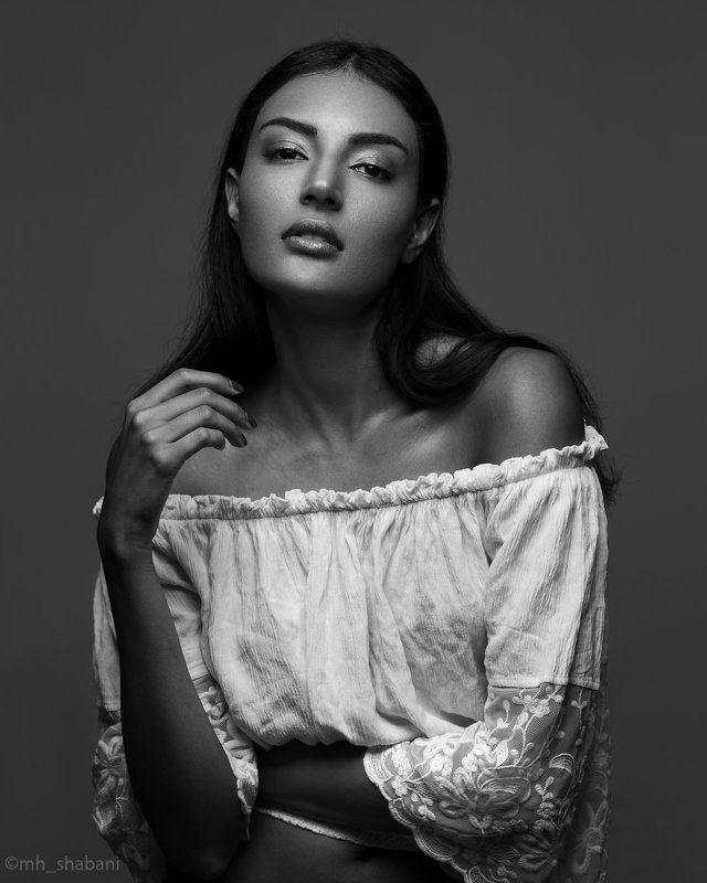 portrait, studio, model,  Monaphoto preview