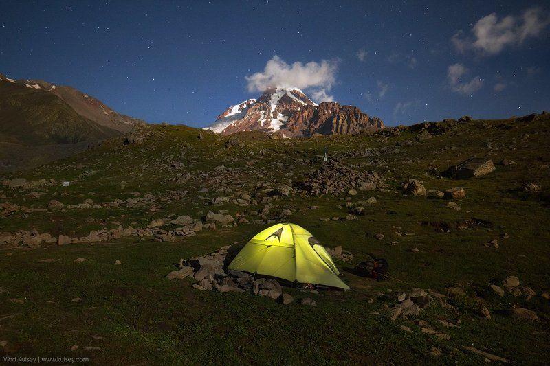 казбек, гора, горы, восхождение, кавказ, палатка, ночь, звезды, лагерь, грузия Полнолуние на Казбеке (продолжение)photo preview