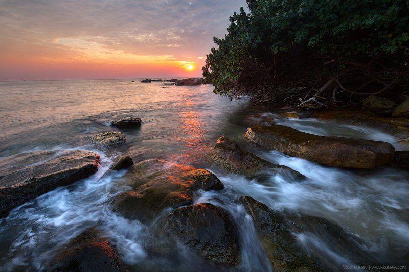 Камбоджа, Сиануквиль, пляж, закат, остров, джунгли, азия, сиамский залив, валуны, путешествие Сиануквиль, Камбоджаphoto preview