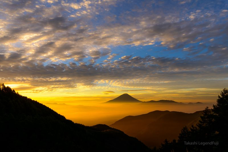 Fuji,mountain,cloud,Japan,valley,red,orange,sky,morning,sunshine,sunrise,beautiful,amazing, Shine of morning glowphoto preview
