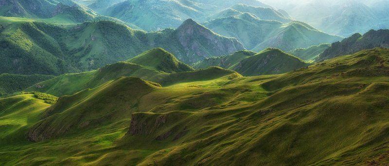 Кавказ, Приэльбрусье, Эльбрус Зелёные склоны Приэльбрусья.photo preview