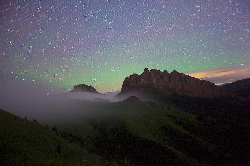 адыгея,горы,кавказ,природный парк большой тхач ачешбоки ночь звезды туман Адыгейские великаныphoto preview