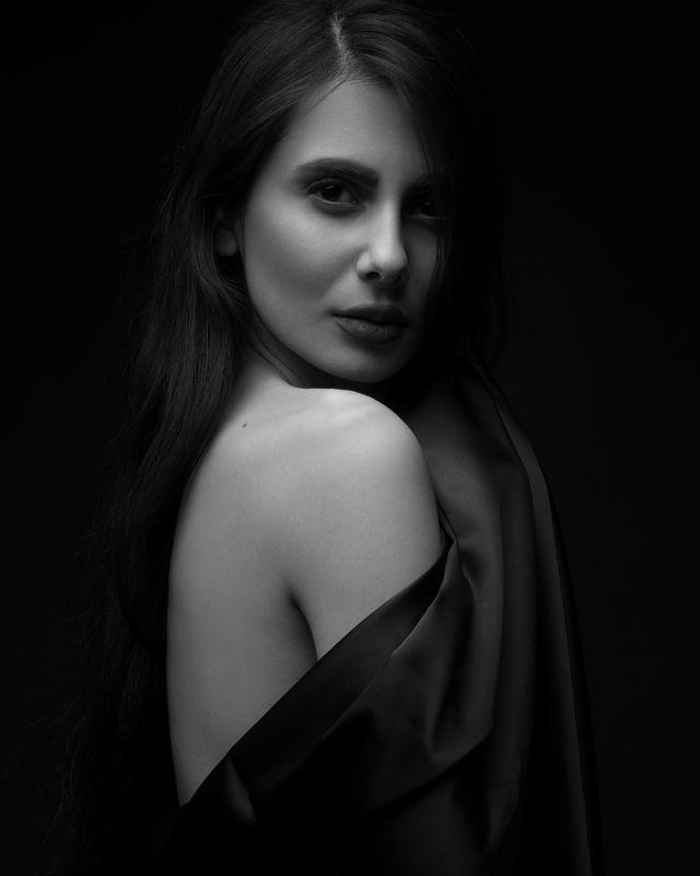 портрет,девушка,легкий, Изобразительное искусство,художник,фотограф,топ фотограф,фото дня темноphoto preview