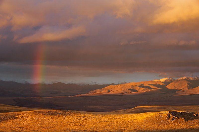 Радужный вечер в горах.photo preview