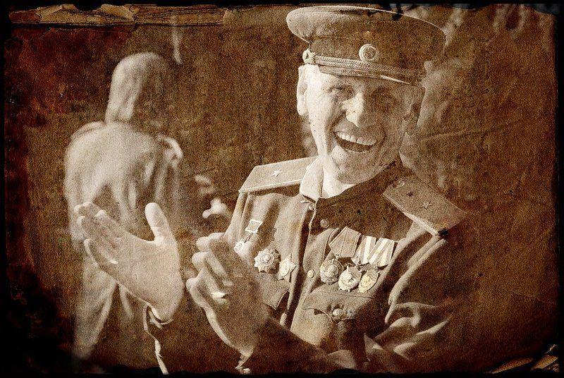 9, мая, день, победы, поклонная, гора Вот и окончена война... И наступила тишина..... Но не надолго.. ибо всех... Взорвал задорный громкий смех...photo preview