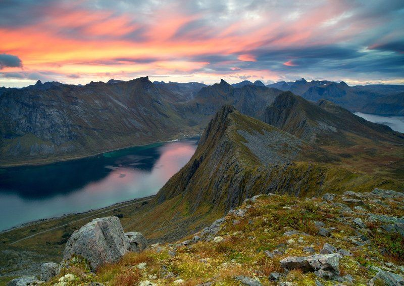 Husfjellet, Norway, Senja, Норвегия Рассвет на горе Husfjelletphoto preview