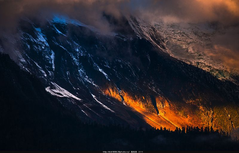 日出金山Sunrise golden hillphoto preview