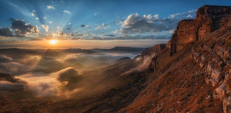 Кавказ, Приэльбрусье Золотые склоны Приэльбрусья.photo preview