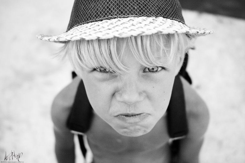 мачильчик, провокация, вредина, детство, море, лето, портрет Провокацияphoto preview