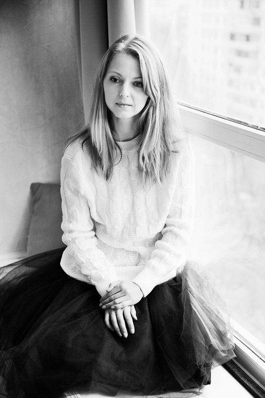 woman, portrait, light, blond, window, photo, photography Викаphoto preview