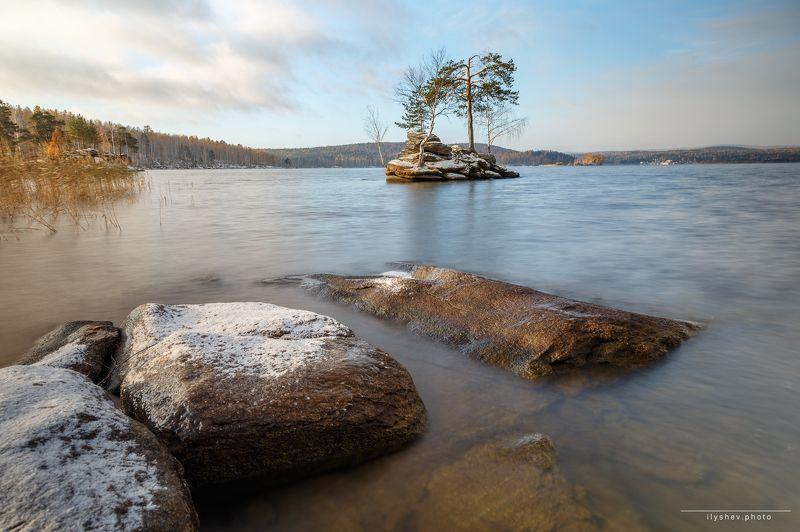 рассвет, урал, природа, пейзаж, озеро, свет, утро, таватуй, бонсай, поздняя осень, первый снег предзимнееphoto preview