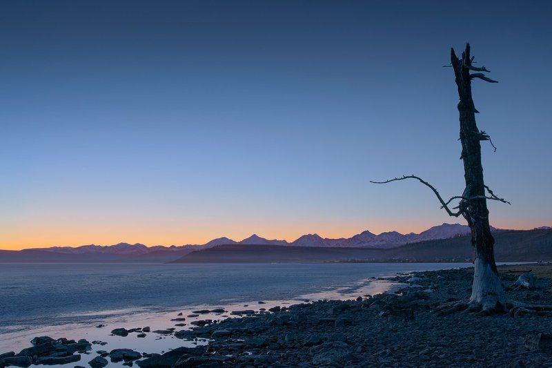 монголия, хубсугул, озеро, закат, горы Монгольский минимализмphoto preview