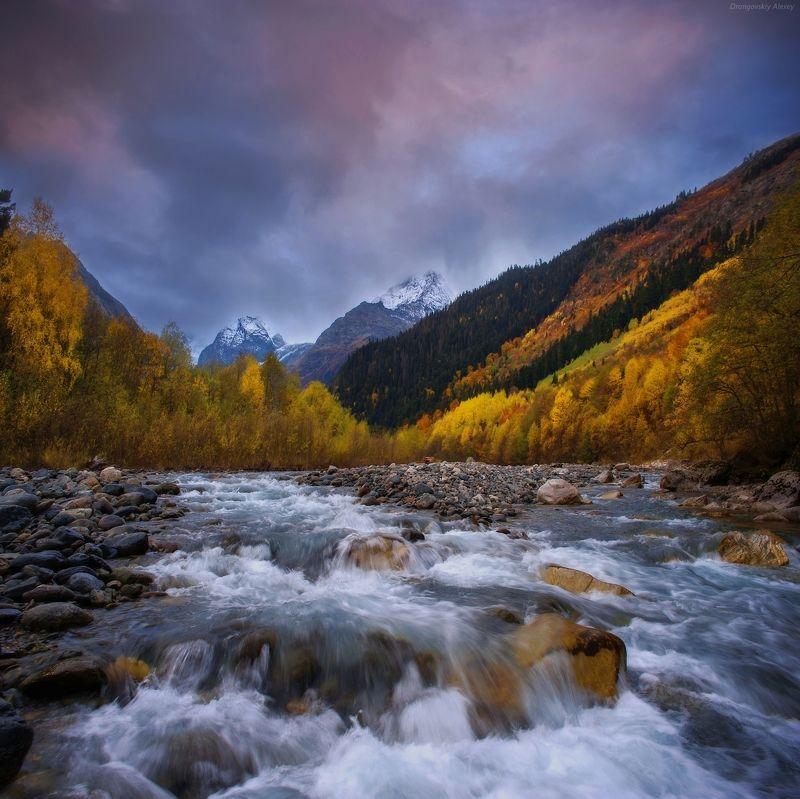 Осенние краски Домбаяphoto preview
