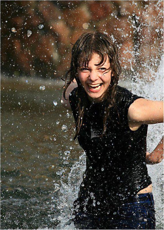 радость, лето, девчушка, жара, фонтан, брызги, вода, Брызги счастья!photo preview