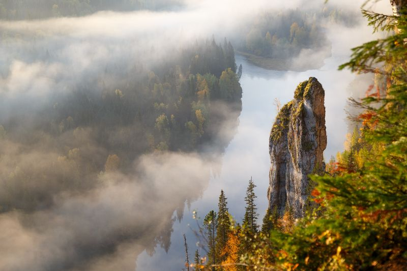пермский край, усьва, чертов палец, пейзаж, природа, утро, рассвет, туман скалаphoto preview