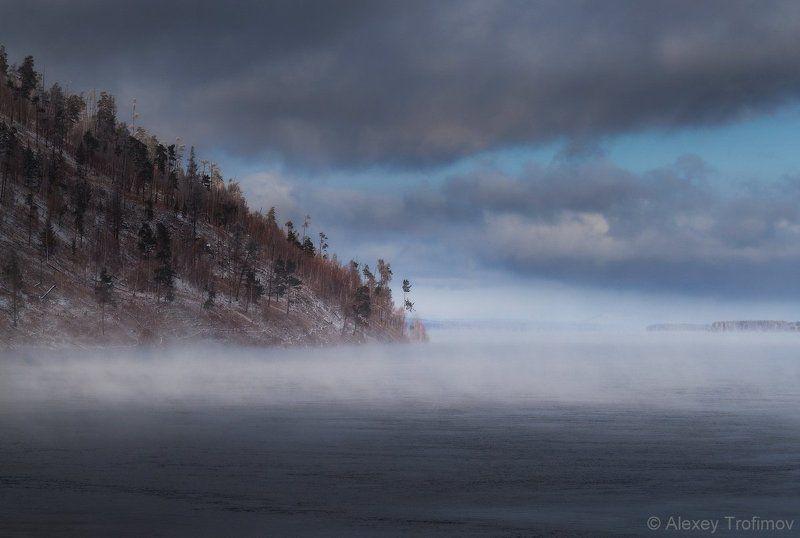 сибирь Холод осенней рекиphoto preview