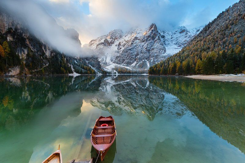 alps, dolomites, south tyrol, lago di braies, pragser wildsee, italy, europe Hа пристаниphoto preview