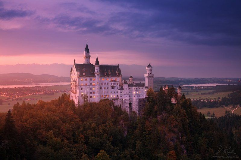 Germany, Bavaria, Bayern, Werdenfelser Land, Bayerisches Oberland, Alpen, Alps, Neuschwanstein, Neuschwanstein Castle, Hohenschwangau, Füssen, Mittenwald, Europe, travel, lake, castle, blue hour, see, autumn,  autumn landscape, daniel rericha, evening col Fairytale castlephoto preview